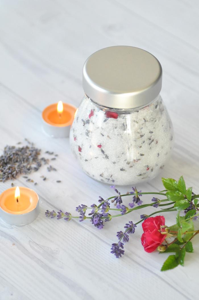 DIY-Lavendel-Rosen-Badesalz-4