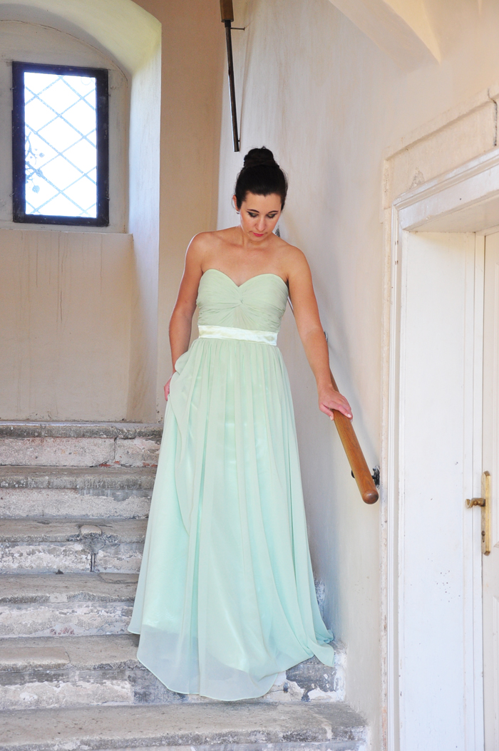 prom nights kleider f r die ballsaison teil 1 mintfarbenes chiffonkleid. Black Bedroom Furniture Sets. Home Design Ideas