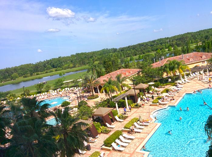 Typisch für Orlando: Große Hotels mit mehreren Pools. Unseres hatte auch noch einen Golfplatz angeschlossen.