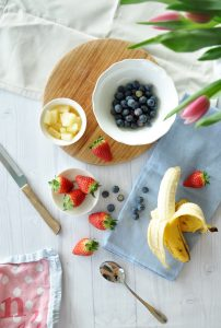 Ingredients and Recipe for a pastel spring smoothie