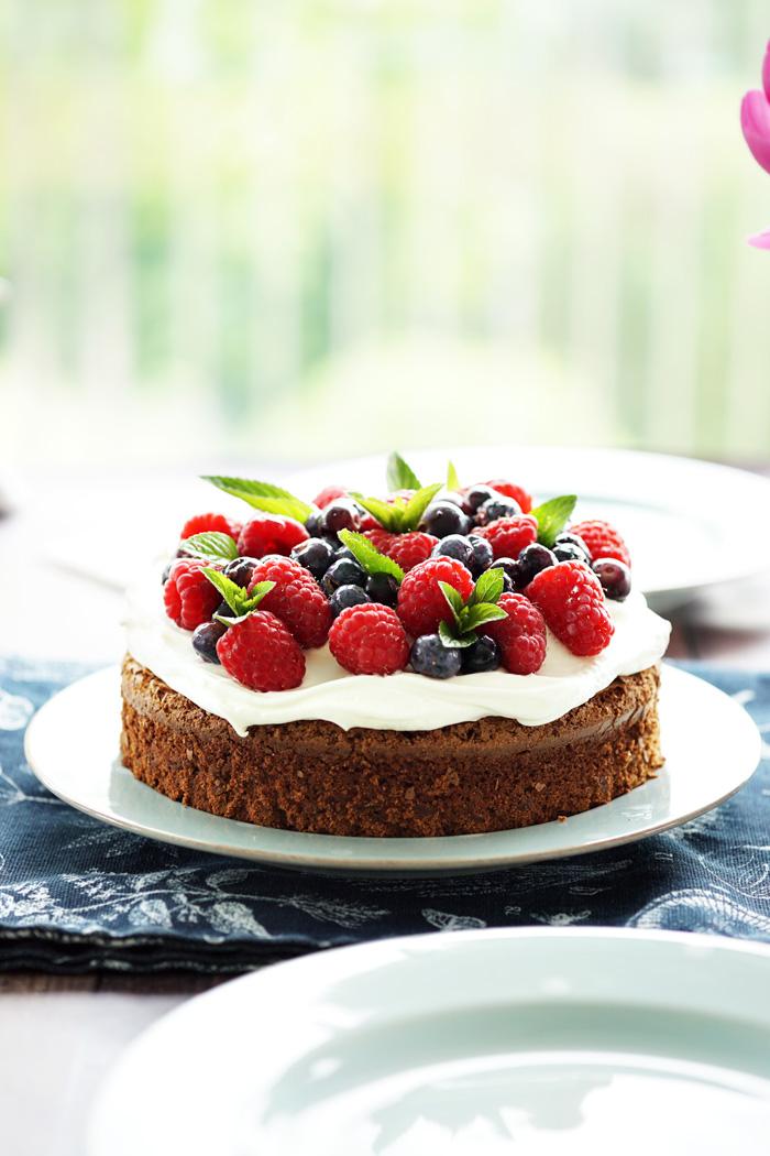 Schneller Schoko Beeren Kuchen Rezept
