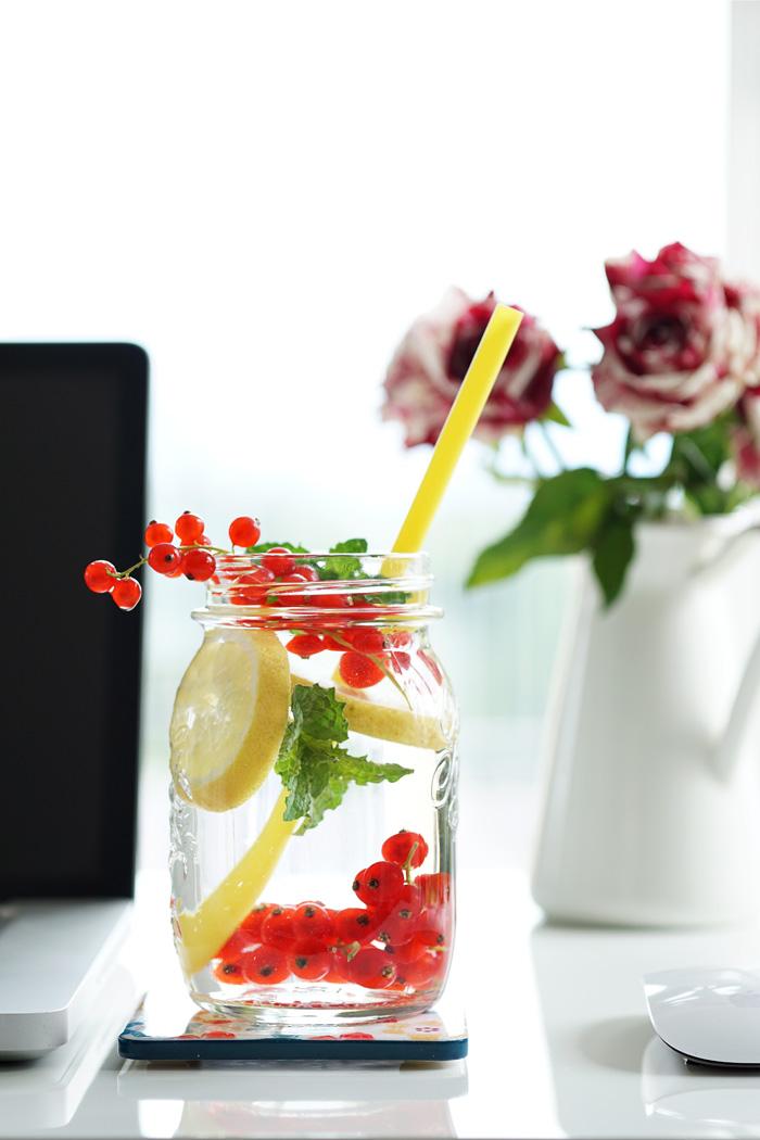 Office Drink Infused Water Ribisel Zitrone Minze 2