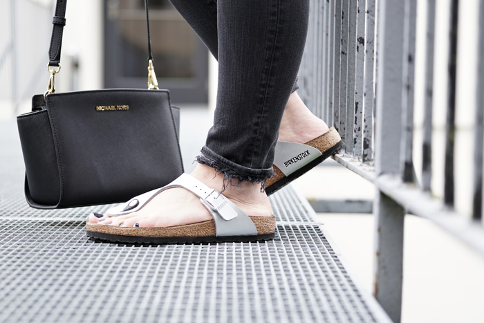 Birkenstock Gizeh Silber Outfit 6