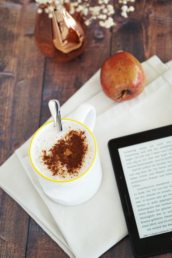apfel mandel chai latte mit zimt my mirror world. Black Bedroom Furniture Sets. Home Design Ideas