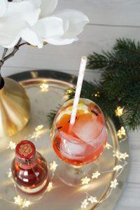 fairy light jars winter cocktails 10