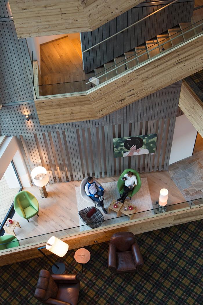 4953_b_hotel-lobby