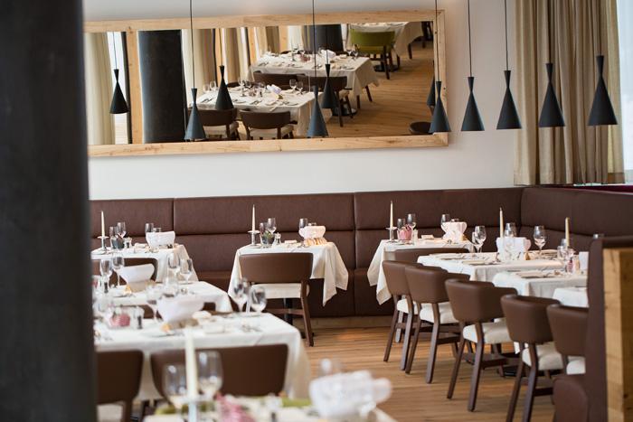 4953_b_restaurant2