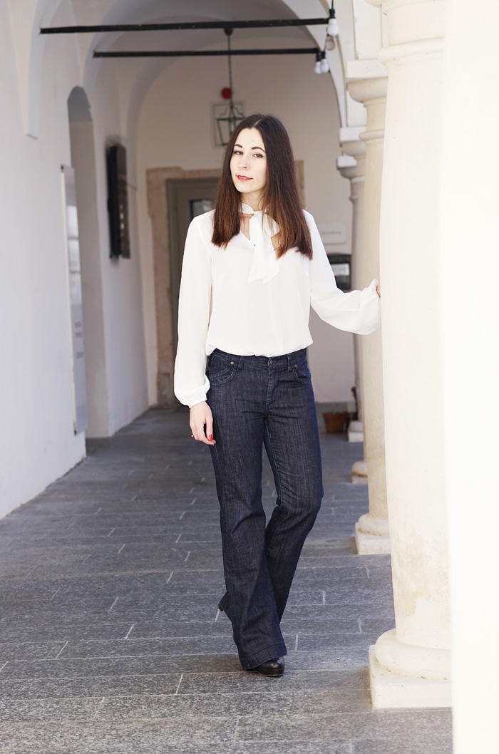 Fashionblog Wide Leg Jeans Schluppenbluse 1