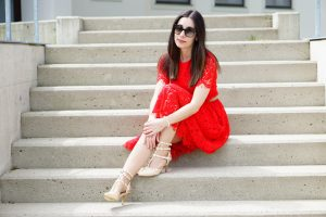 Spitzenkleid rot Fashionblog Austria 3