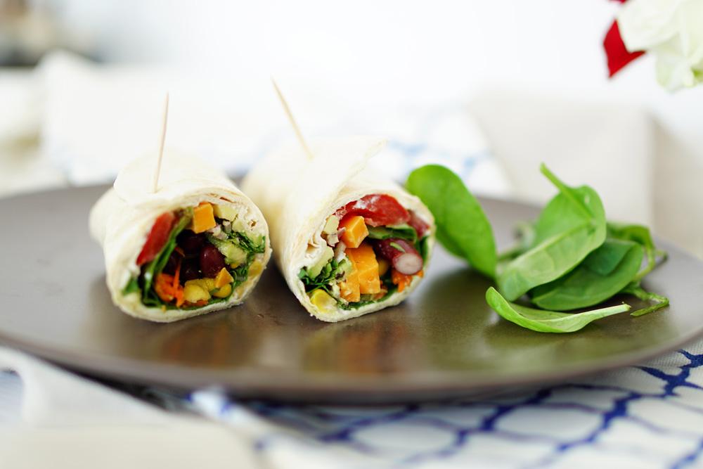 Gesundes Fastfood schnelle Wraps mit Gemuese 2