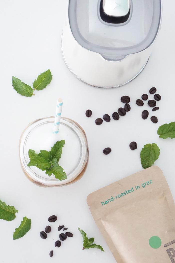 Iced Mint Coffee Eiskaffee mit selbstgemachtem Minzsirup 5