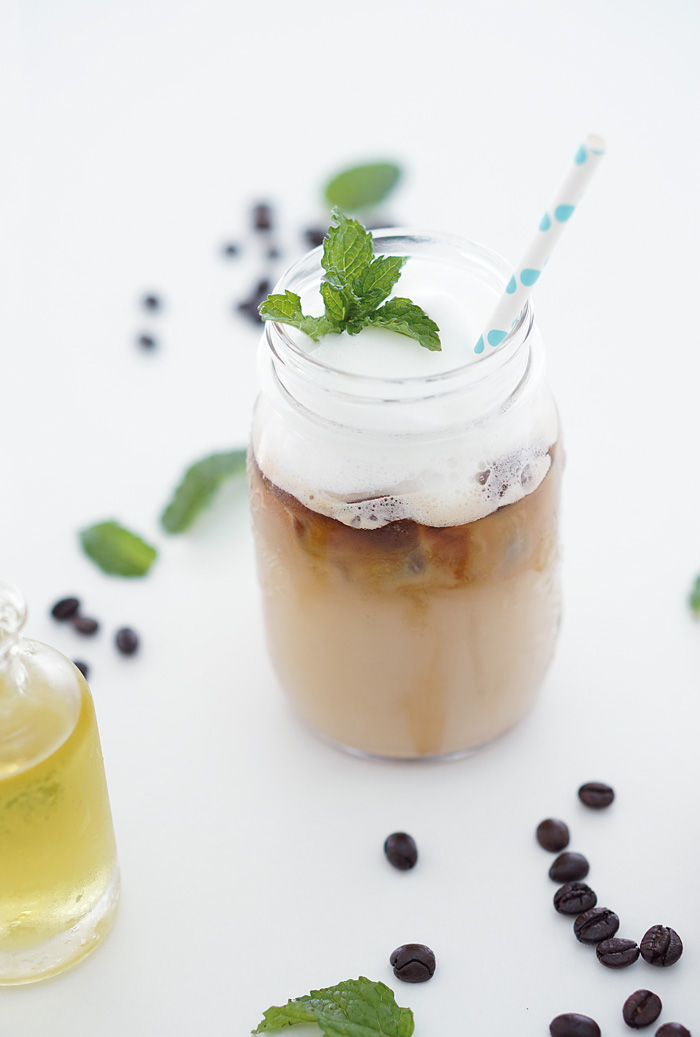 Iced Mint Coffee Eiskaffee mit selbstgemachtem Minzsirup 7