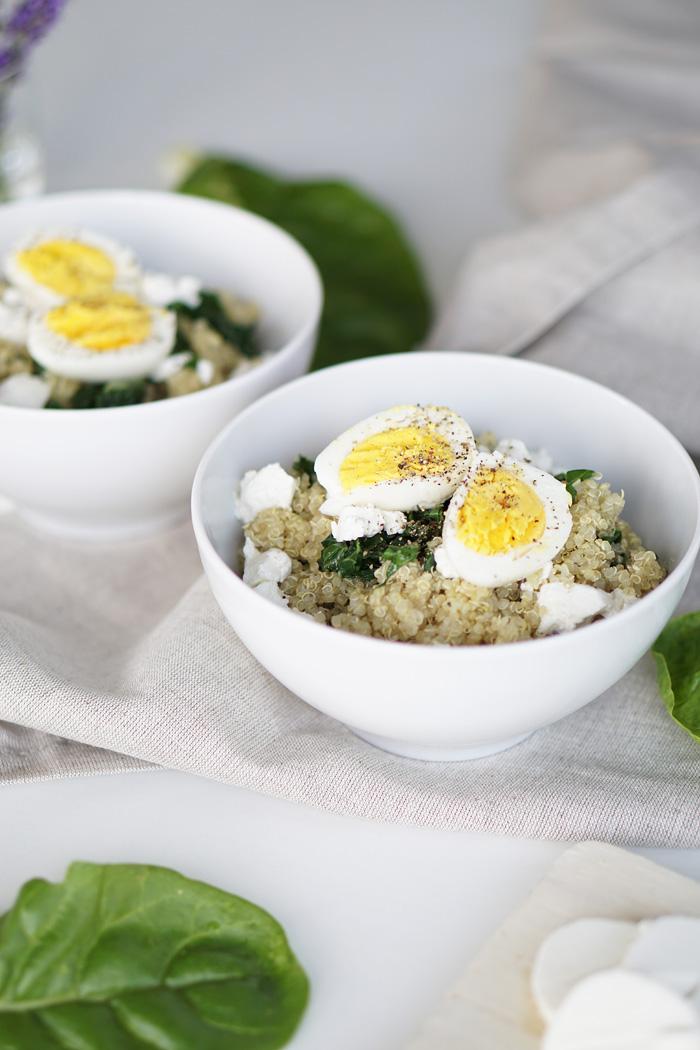 Lunch Bowl Quinoa Bowl Mangold Ziegenkaese Ei Saisonal Kochen 3