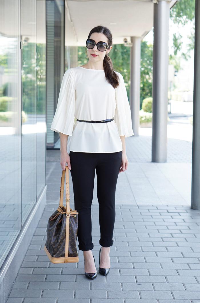 Plissee Bluse mit weiten Aermeln Modeblog Oesterreich 2