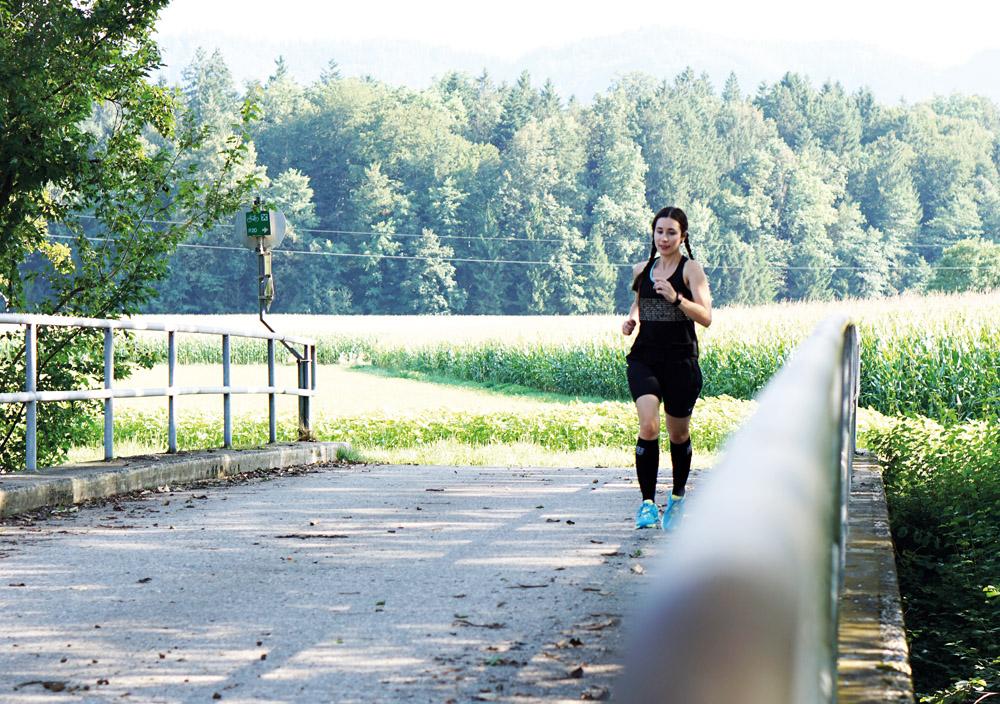 Triathlon Training Erfahrung vivoactive HR Garmin 1