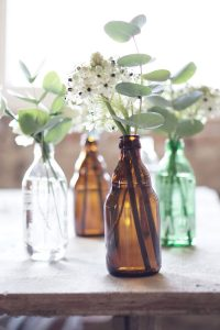kleine Blumenvasen upcycling diy lemonaid 3
