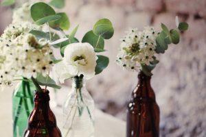 kleine Blumenvasen upcycling diy lemonaid