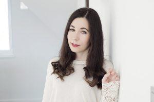 Business Outfit Bleistiftrock und Pullover mit Spitze Viktoria Resch