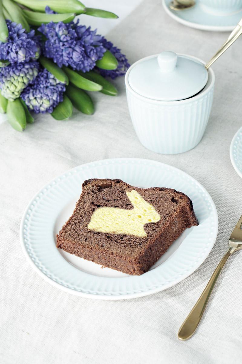 Osterhasen Kuchen mit Geschirr von Greengate Ediths 2