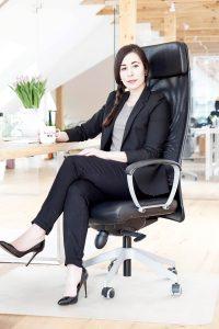 Office Outfit - Claudia Domongos Kapsel Kollektion Business Fashion