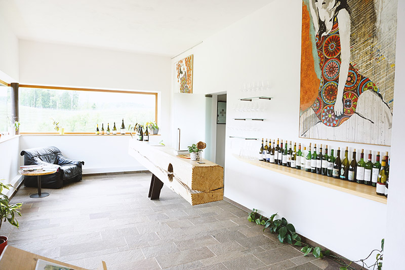 In 18 Brettljausn durch die Südsteiermark: Buschenschank Weingut oberGuess Schlossberg – Südsteirische Weinstraße