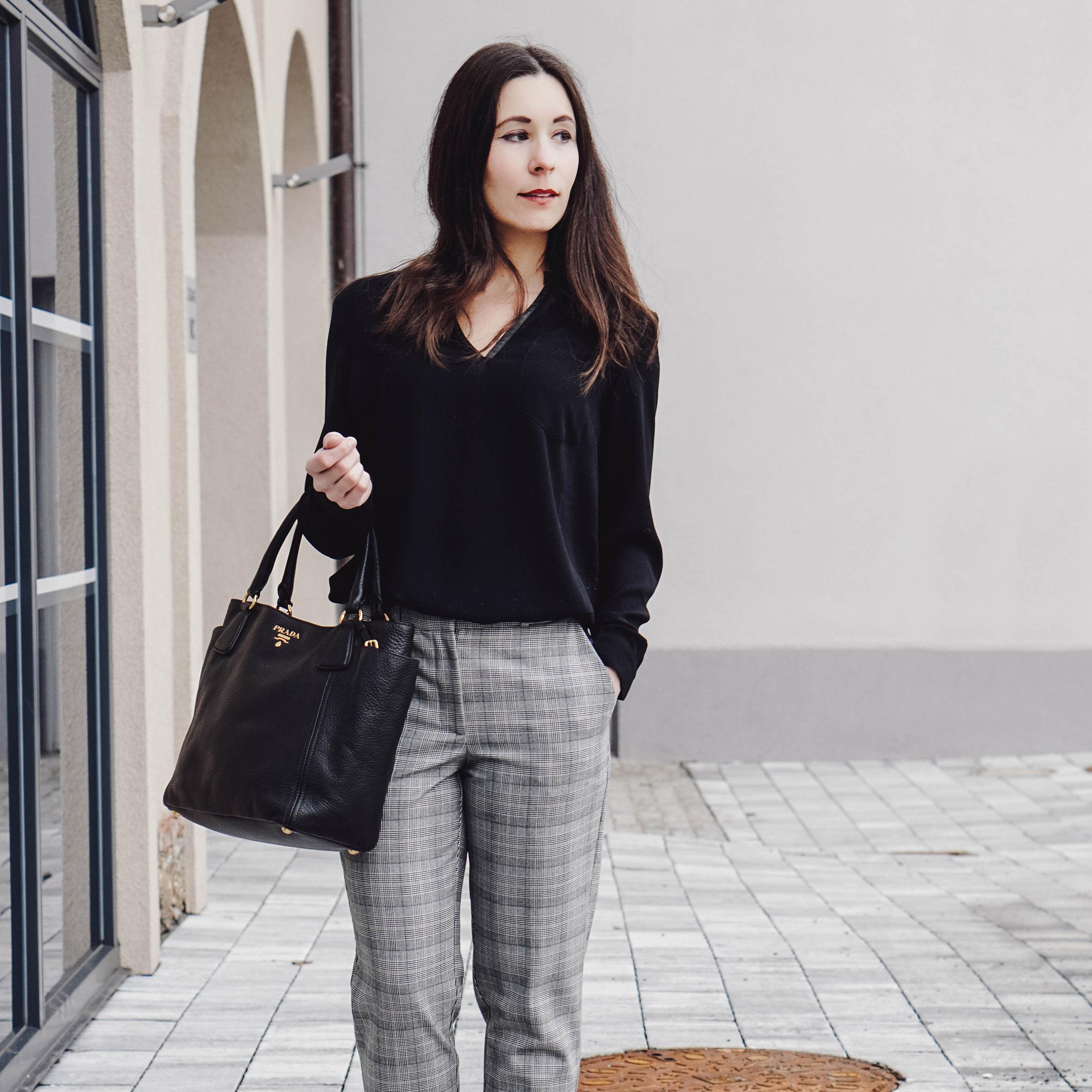 4 Klassische Basics Fur Den Business Kleiderschrank My Mirror World