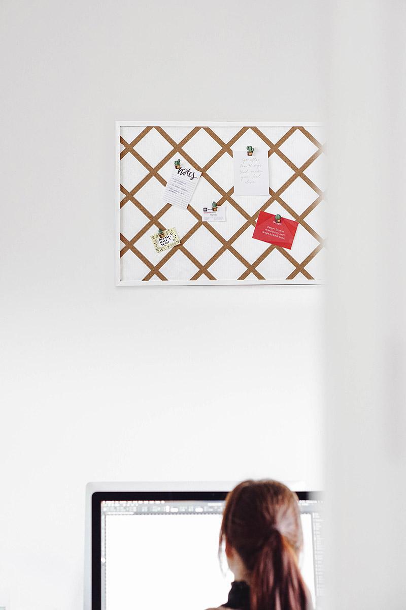 pinnwand kork selber machen affordable weltkarte pinnwand selber machen x x weltkarte pinnwand. Black Bedroom Furniture Sets. Home Design Ideas
