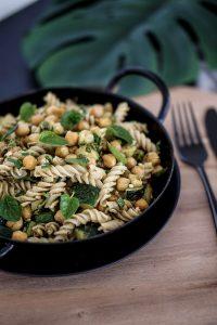 Green-Pasta-Rezept-Nudelsalat-zum-Mitnehmen-ins-Buero-3