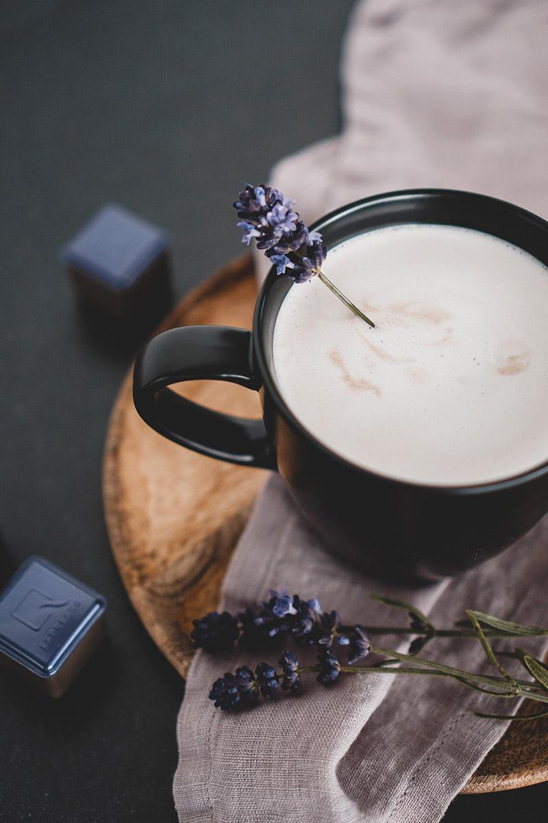 veganer Lavendel Kokos Cappuccino