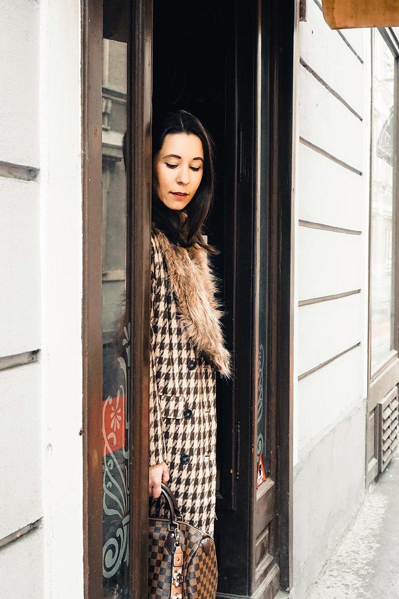 Wie man den Trend Fake Fur trägt