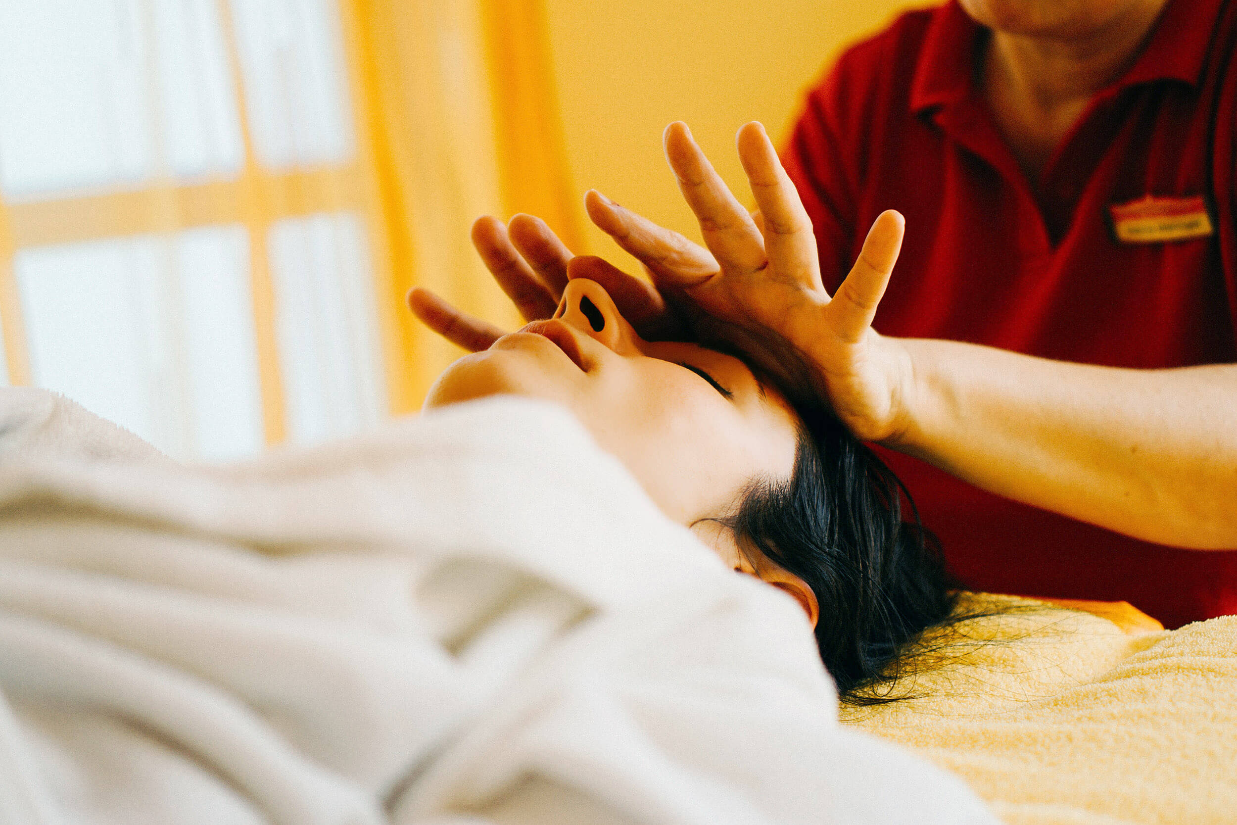 Diese Wellnessbehandlungen gegen Stress solltest du unbedingt probieren